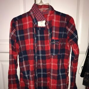 red navy and blue abercrombie & fitch flannel